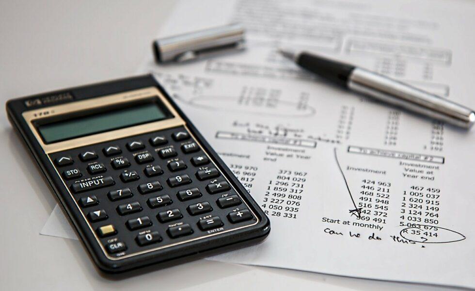 cara membuat kalkulator menggunakan bahasa python