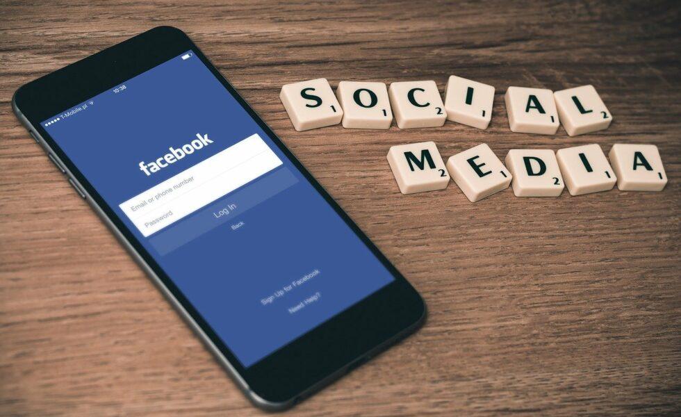 apa yang dimaksud dengan facebook